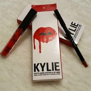 Kylie Jenner Lip Kit 22 Red
